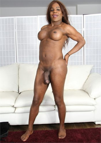 Kelly Long Bodyshot