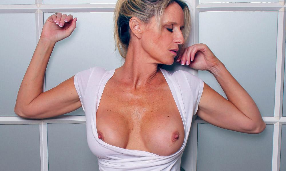 Jodi West Image